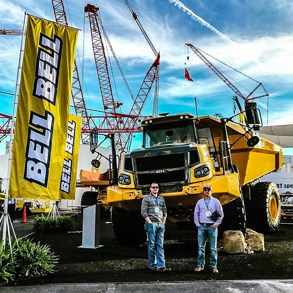 Anderson Machinery guys at CONEXPO-AGG/CON 2017